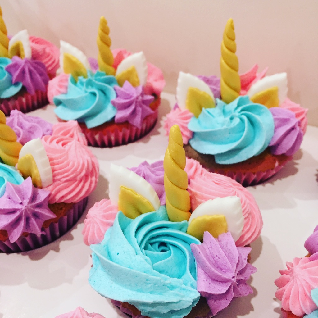 Flowers Unicorn Cupcakes