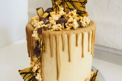 Chocolate Honeycomb and Caramel Popcorns Cake