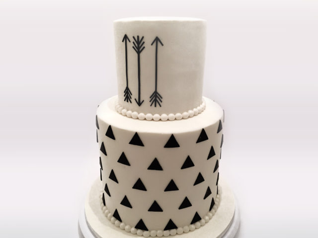 Black & White Arrow Cake